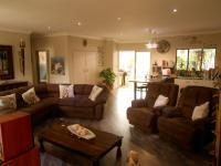 Lounges - 68 square meters of property in Wingate Park