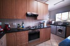 Kitchen - 11 square meters of property in The Wilds Estate