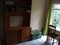 Bed Room 1 - 15 square meters of property in Krugersdorp