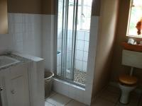 Bathroom 1 - 8 square meters of property in Krugersdorp