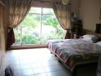 Main Bedroom - 36 square meters of property in Krugersdorp