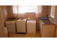 Scullery - 24 square meters of property in Elspark