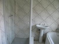 Bathroom 1 - 8 square meters of property in Groblerpark