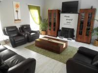 Lounges - 48 square meters of property in Midrand Estates