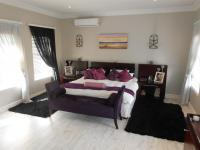 Main Bedroom - 45 square meters of property in Midrand Estates