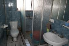 Bathroom 1 - 6 square meters of property in Mitchells Plain
