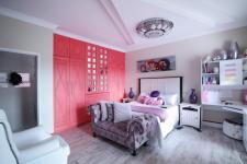 Bed Room 2 - 22 square meters of property in Willow Acres Estate