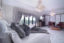 Main Bedroom - 38 square meters of property in Willow Acres Estate
