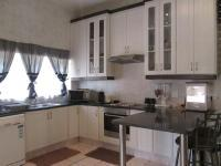 Kitchen - 16 square meters of property in Winchester Hills