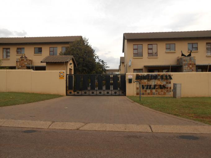 2 Bedroom Duplex for Sale For Sale in Garsfontein - Home Sell - MR126196