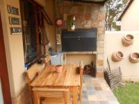 Patio - 7 square meters of property in Garsfontein