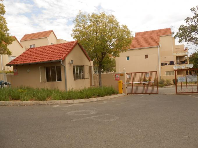 2 Bedroom Sectional Title for Sale For Sale in Midrand - Home Sell - MR126217