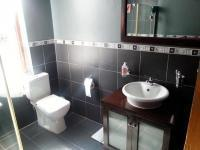 Main Bathroom - 5 square meters of property in Kensington B - JHB
