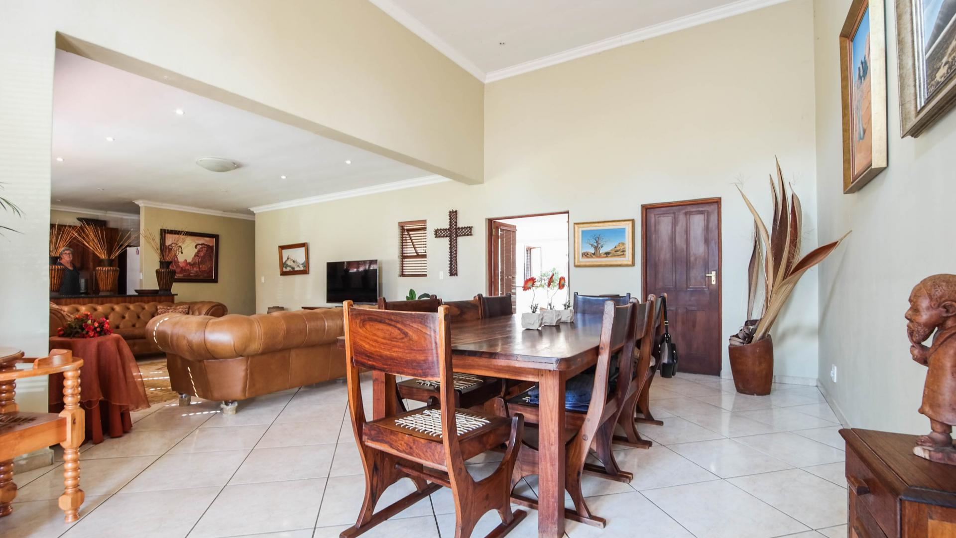 Dining Room - 28 square meters of property in Irene Farm Villages