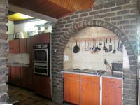 Kitchen - 31 square meters of property in Henley-on-Klip