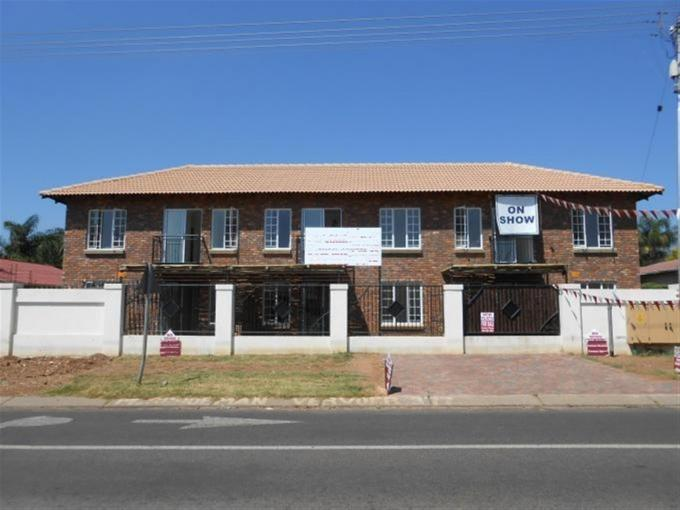 2 Bedroom Cluster For Sale in Daspoort - Private Sale - MR126340