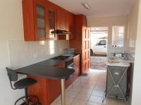 Kitchen - 11 square meters of property in Daspoort