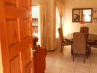 Spaces - 7 square meters of property in Willow Park Manor