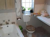 Bathroom 1 - 7 square meters of property in Muizenberg