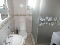 Main Bathroom - 3 square meters of property in Umlazi