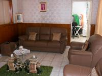 Lounges - 29 square meters of property in Umzinto