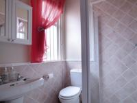 Bathroom 1 - 5 square meters of property in Woodlands Estate