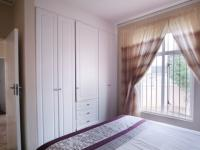 Bed Room 2 - 10 square meters of property in Woodlands Estate
