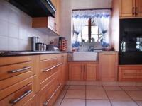 Kitchen - 23 square meters of property in Boardwalk Meander Estate