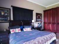 Bed Room 2 - 32 square meters of property in Silver Lakes Golf Estate