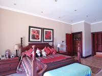 Main Bedroom - 39 square meters of property in Silver Lakes Golf Estate