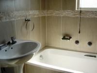 Main Bathroom - 2 square meters of property in Uvongo