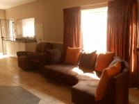 Lounges - 25 square meters of property in Hartbeespoort