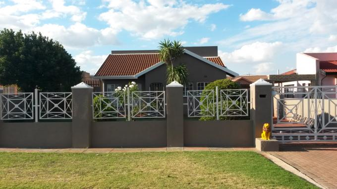 3 Bedroom House For Sale in Ennerdale - Home Sell - MR126709