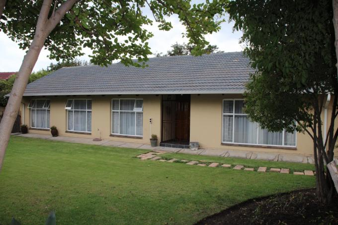 4 Bedroom House for Sale For Sale in Secunda - Private Sale - MR126714