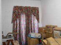 Bed Room 4 - 12 square meters of property in Dalview
