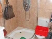 Bathroom 2 - 3 square meters of property in Dalview
