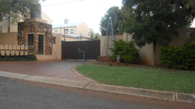 4 Bedroom House for Sale For Sale in Bronberrik - Home Sell - MR126748