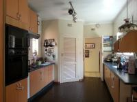 Kitchen - 28 square meters of property in Bedfordview