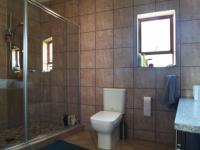 Main Bathroom - 8 square meters of property in Heron Hill Estate