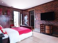 Bed Room 1 - 15 square meters of property in Boardwalk Meander Estate