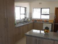 Kitchen - 24 square meters of property in Symhurst