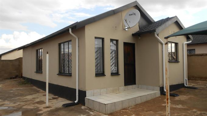 2 Bedroom House for Sale For Sale in Germiston - Home Sell - MR126787