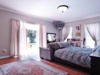 Main Bedroom - 48 square meters of property in The Meadows Estate