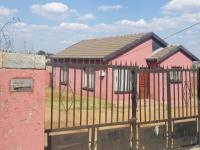 2 Bedroom 1 Bathroom in Soweto