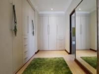 Main Bedroom - 32 square meters of property in The Wilds Estate