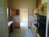 Kitchen - 9 square meters of property in Sasolburg