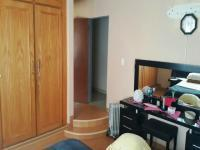 Main Bedroom - 20 square meters of property in Newclare