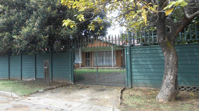 Standard Bank EasySell 3 Bedroom House For Sale in Witfield - MR127009