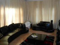 Lounges - 26 square meters of property in Norkem park