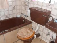 Main Bathroom - 4 square meters of property in Norkem park